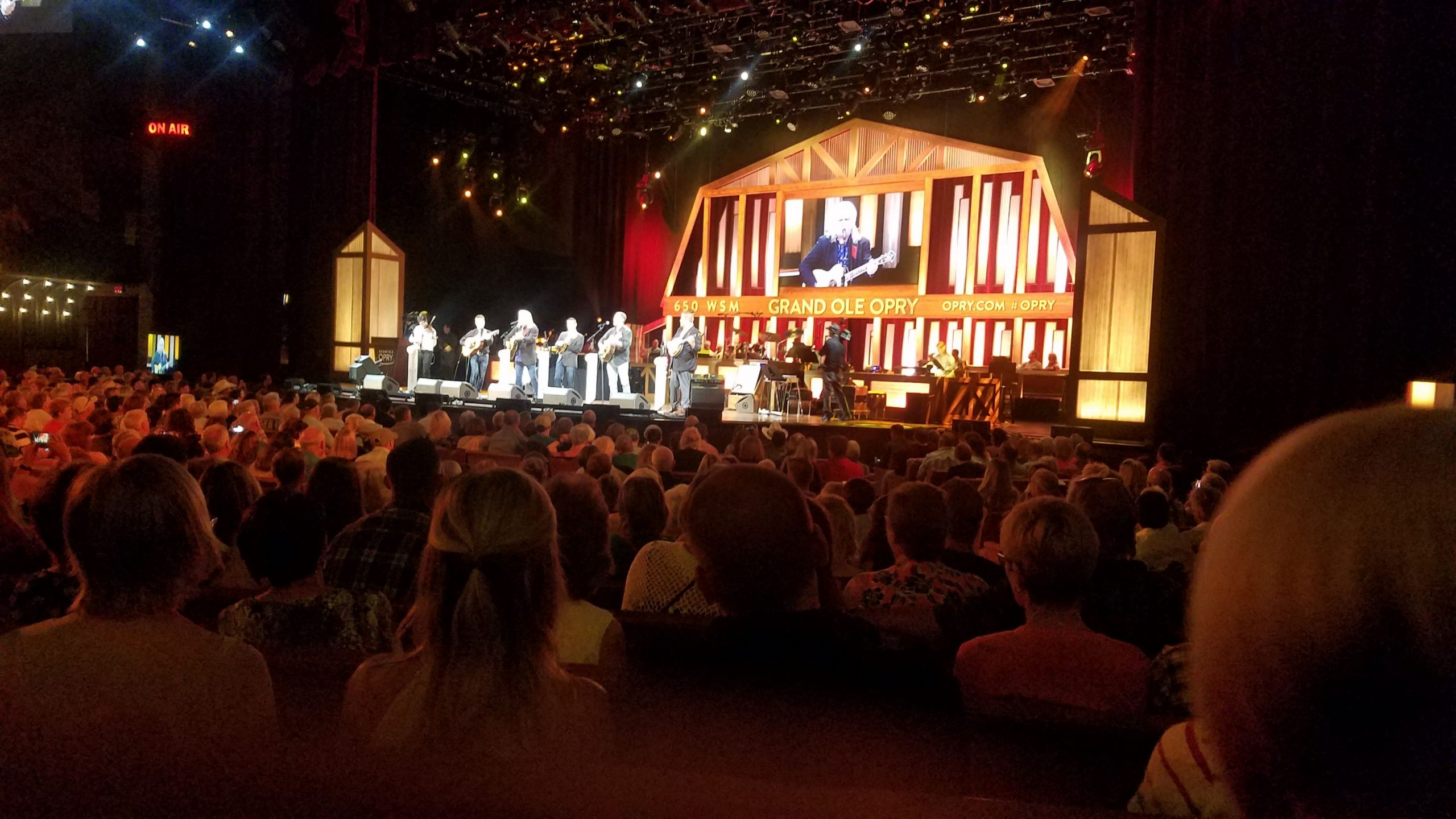 live-performance-Opry